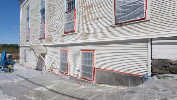 Lead Based Paint Removal on Exterior of Old Building